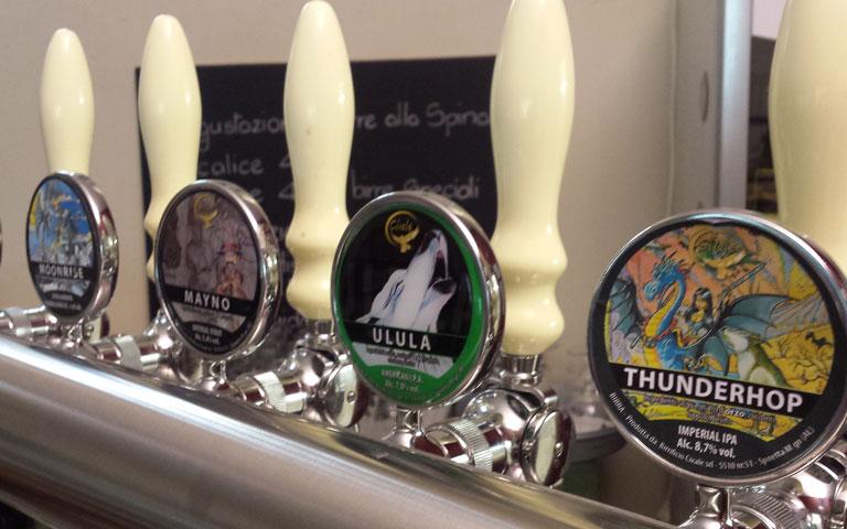 Birre alla spina allo spaccio aziendale del Birrificio Civale